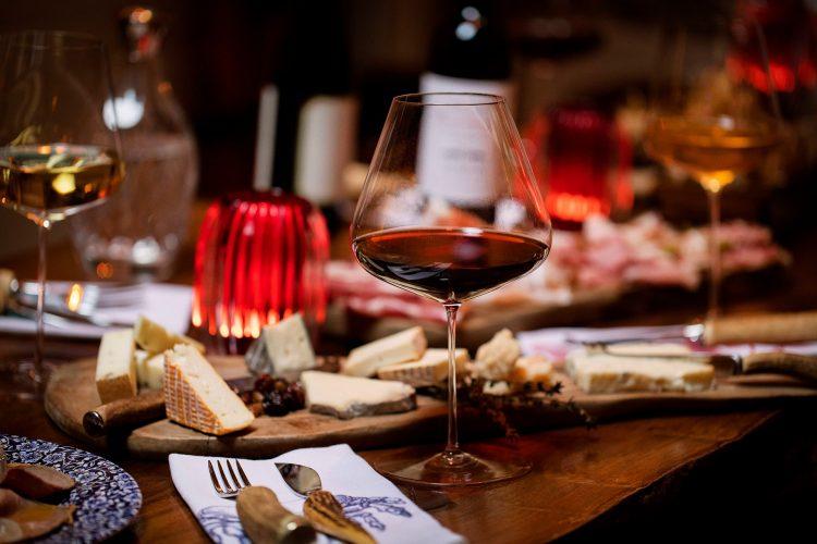 Intimate Romantic Dinner Music in Hampstead